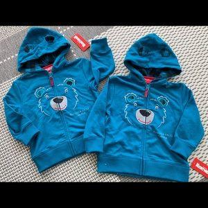 Other - A pair of Niagara Falls hooded zip up sweatshirts
